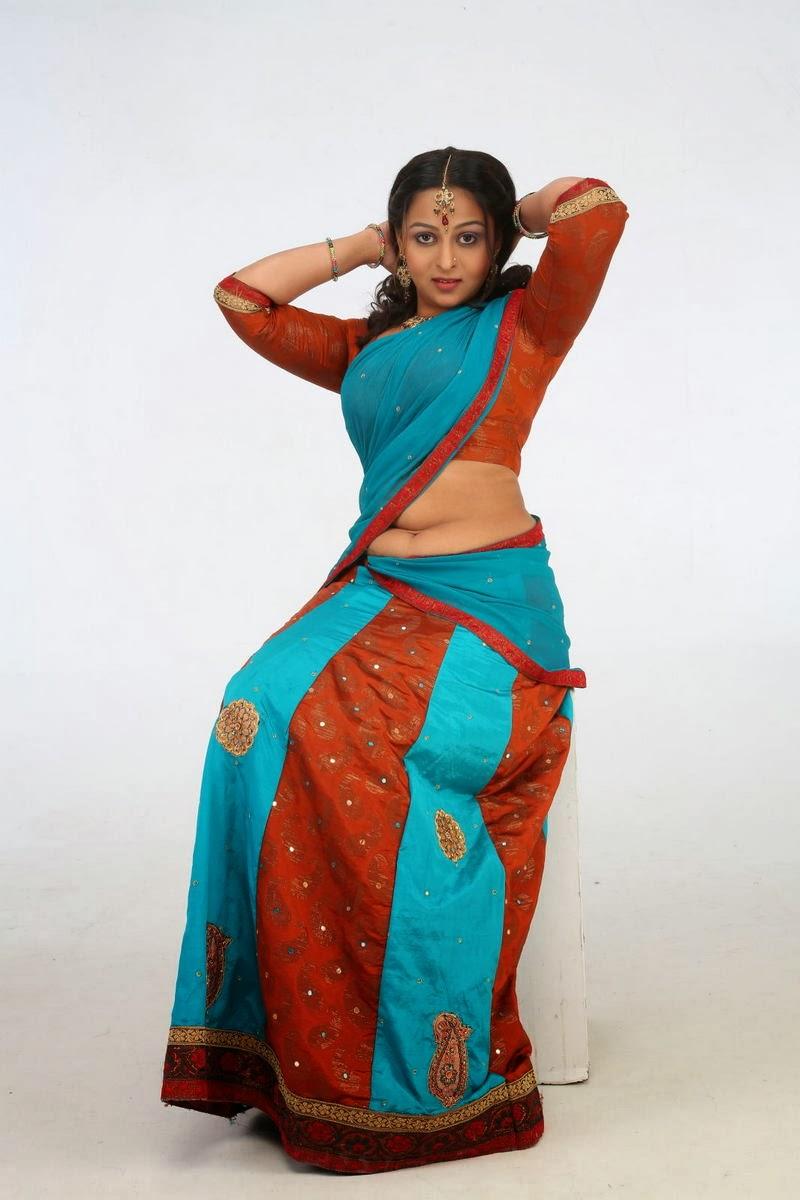 Samvritha sunil latest hot photos in indian half saree