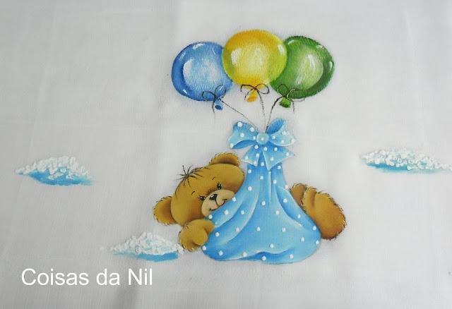 fralda com pintura de ursinho e baloes