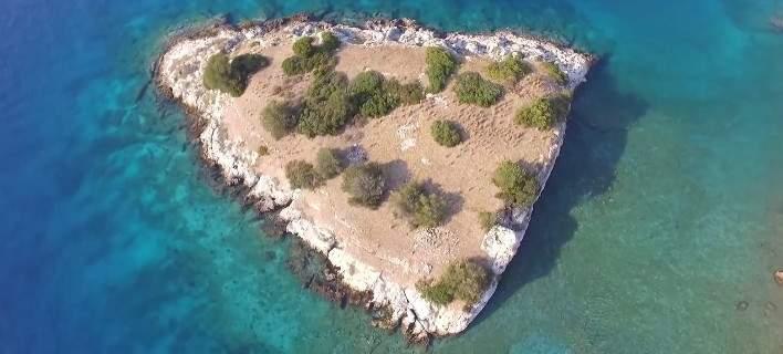 Σιδερώνα: Το νησί των βρικολάκων