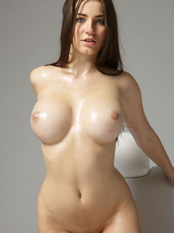 Girls with humongous boobs naked