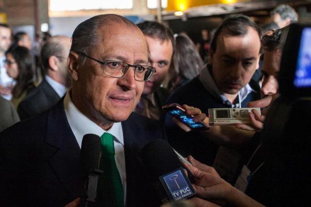 Executivos da Odebrecht afirmaram, em depoimento à força-tarefa da Operação Lava Jato, em Brasília, que fizeram repasses milionários em dinheiro vivo, por meio de caixa dois, às campanhas de 2010 e 2014 do governador de São Paulo, Geraldo Alckmin (PSDB)
