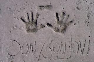 Huellas de Jon Bon Jovi en el MOWOS.