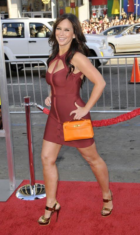 Jennifer Love Hewitt 2021