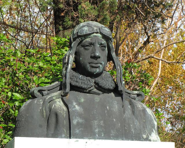 Bust of Pierluigi Penzo, Riva dei Partigiani, Castello, Venice