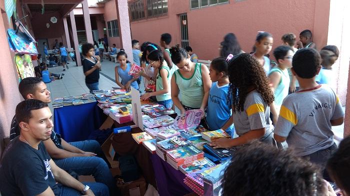 escola-venancio-Feira-do-Livro-2