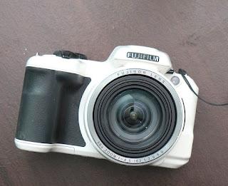 Jual Fujifilm S8600 Bekas