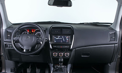 Interior del Citroën C4 Air Cross, noticias del motor