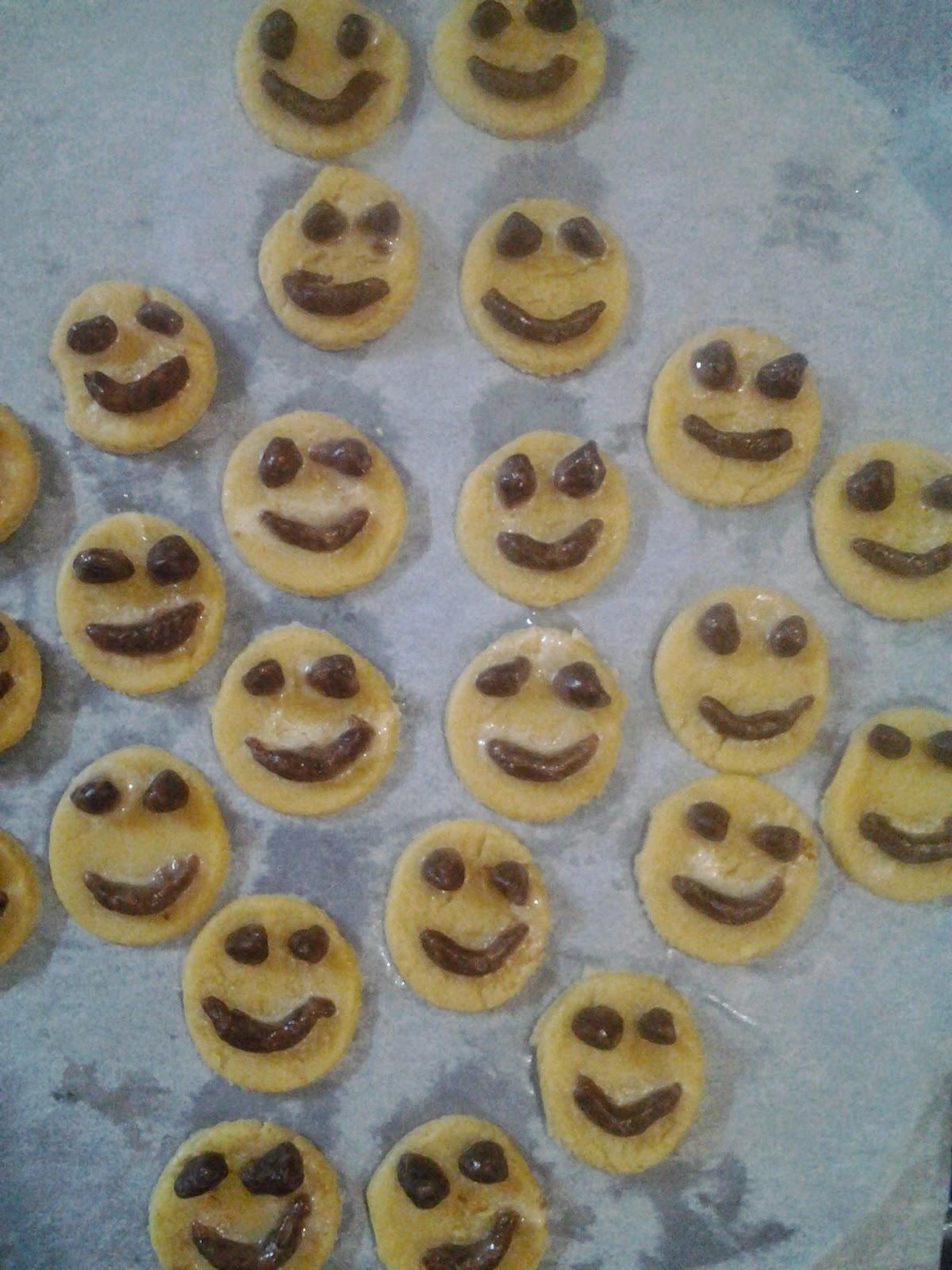 gülen yüz kurabiye