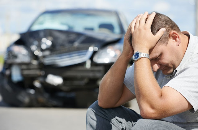 Does car insurance cover repairs?