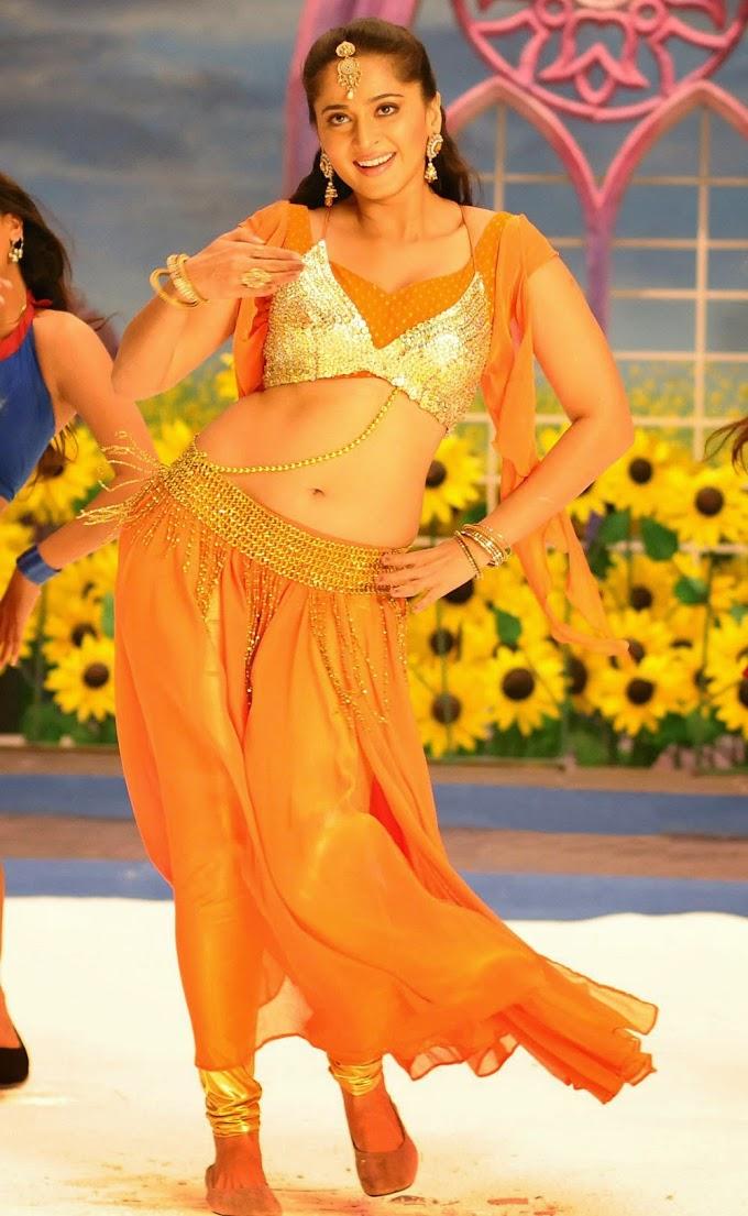 Actress Anushka Latest Navel Show Photos #Anushka