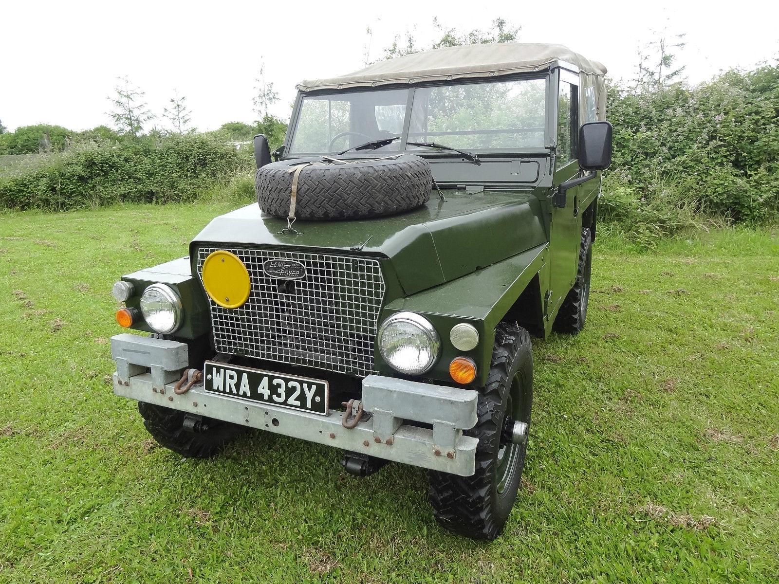 Landrover Defender 1971 Land Rover Lightweight Airportable 12V