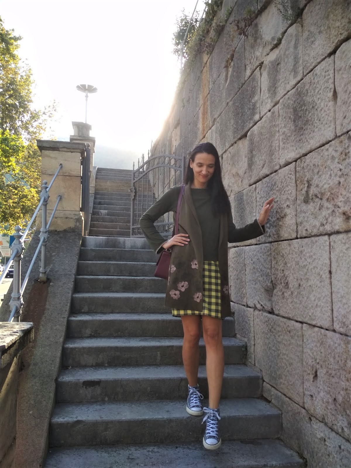 #tartan #miniskirt #yellowtartanskirt #sneakers