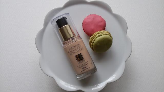 Prvá skúsenosť s makeupom Max Factor