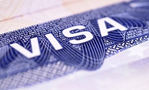 Los cuentas en redes sociales pronto podrían ser requisito para la visa estadounidense