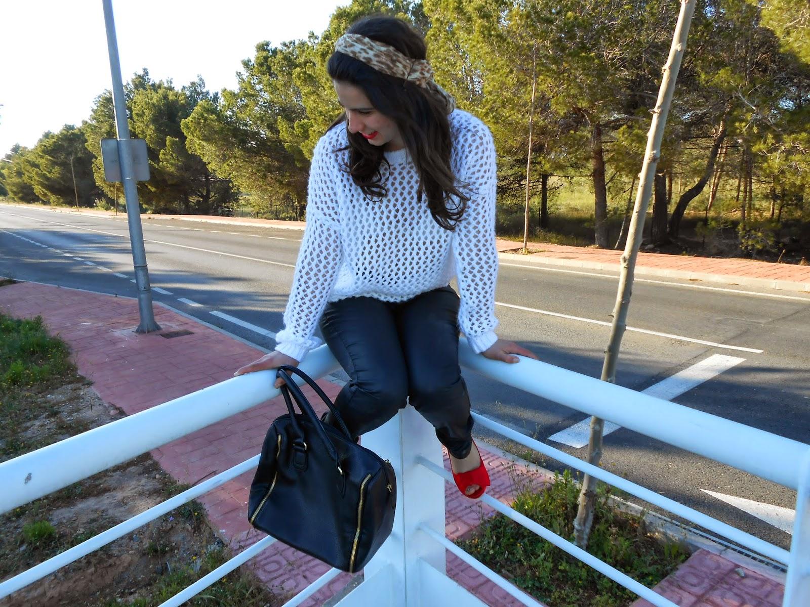 http://sweetdreamofarosefashionblog.blogspot.com.es/2014/04/leopard-turban.html
