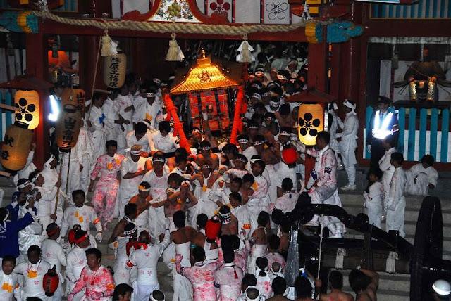 Hadakabou Matsuri (naked festival), Hofu City, Yamaguchi Pref.