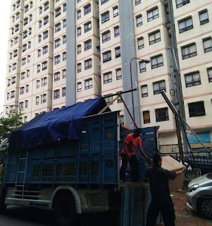 Sewa Truk Solo Jakarta