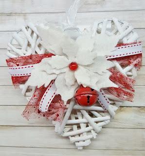 Cuore natalizio con Stella di Natale