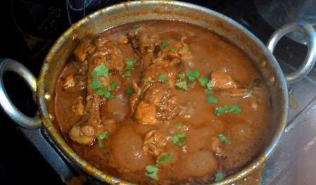 Chicken Gravy (Kozhi Kulambu) in Tamil