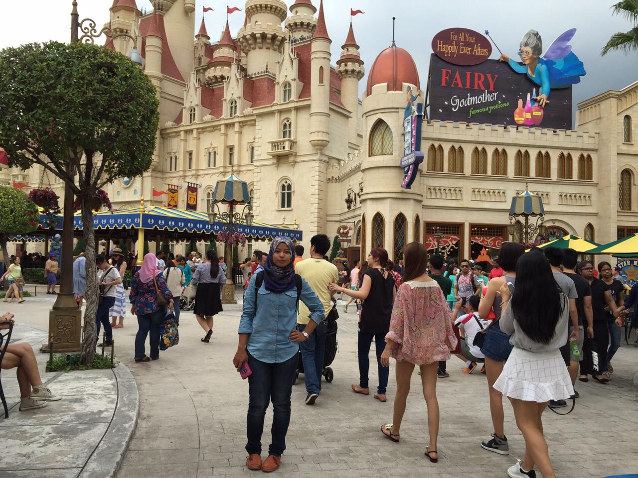 10 Tips bergembira di Universal Studios Singapore.