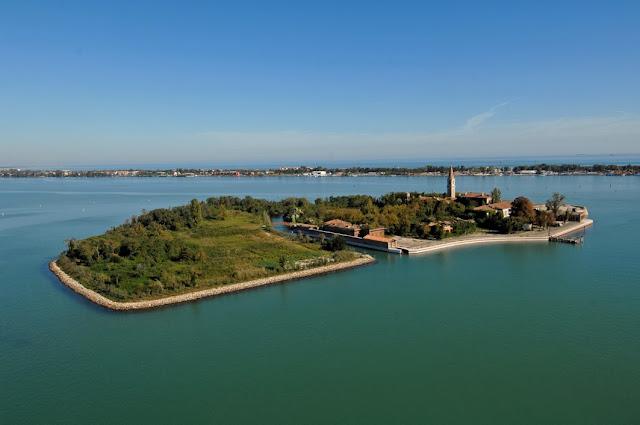 Puveglia Island, Venice