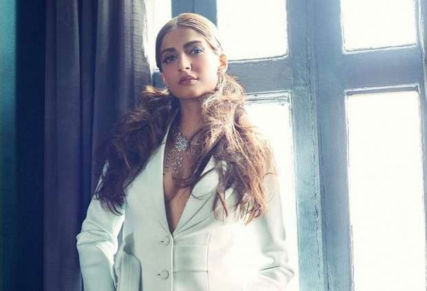 Beautiful Sonam Kapoor hot Photoshoot
