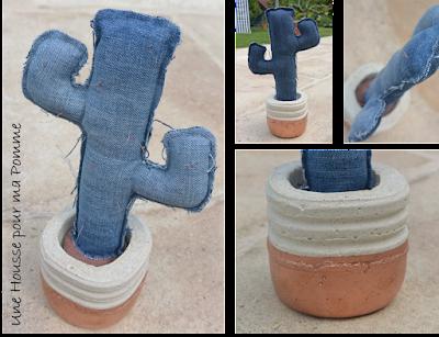 un cactus en jeans de récup, fausses épines en fin fil de cuivre, pot fait en mortier (moule de récup également et ciment blanc) avec liseré fait à la bombe effet métallique cuivre. Hauteur : 25 cm environ.