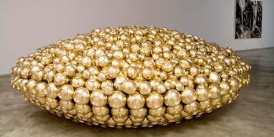 esculturas de Subodh Gupta