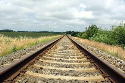 Mengapa Rel Kereta Api Banyak Kerikil Kerikil
