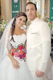 57dff33aa Solo para novios  Vestidos de novia  norka peralta