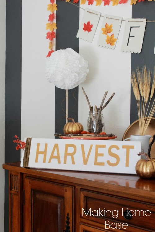Harvest Sign On Barnwood For Fall Front Porch Decor: PlanetReuse