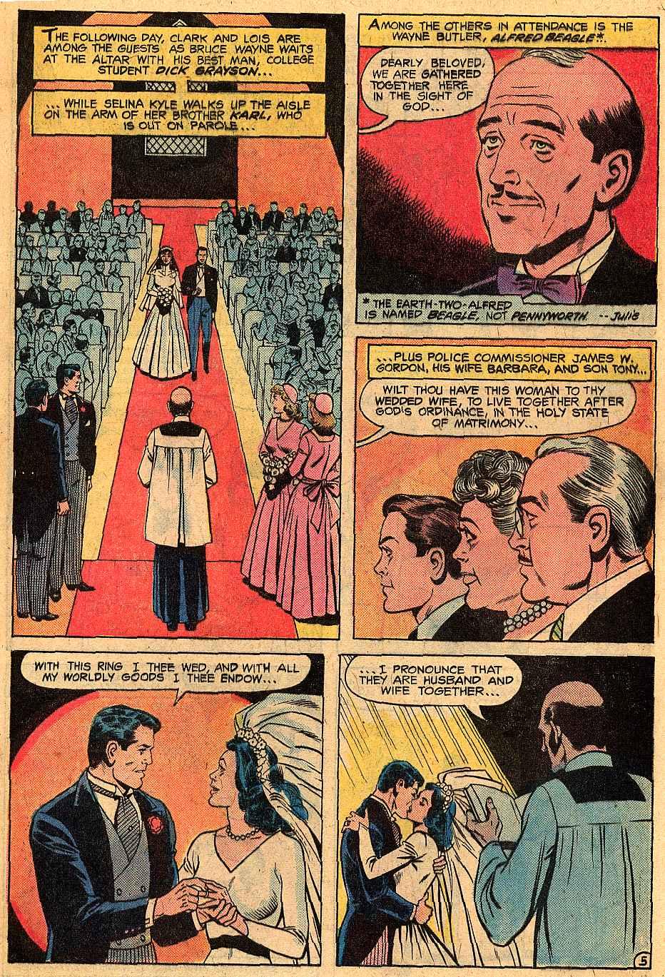 Helena Wayne Huntress: The Original BatCat Marriage Part 03