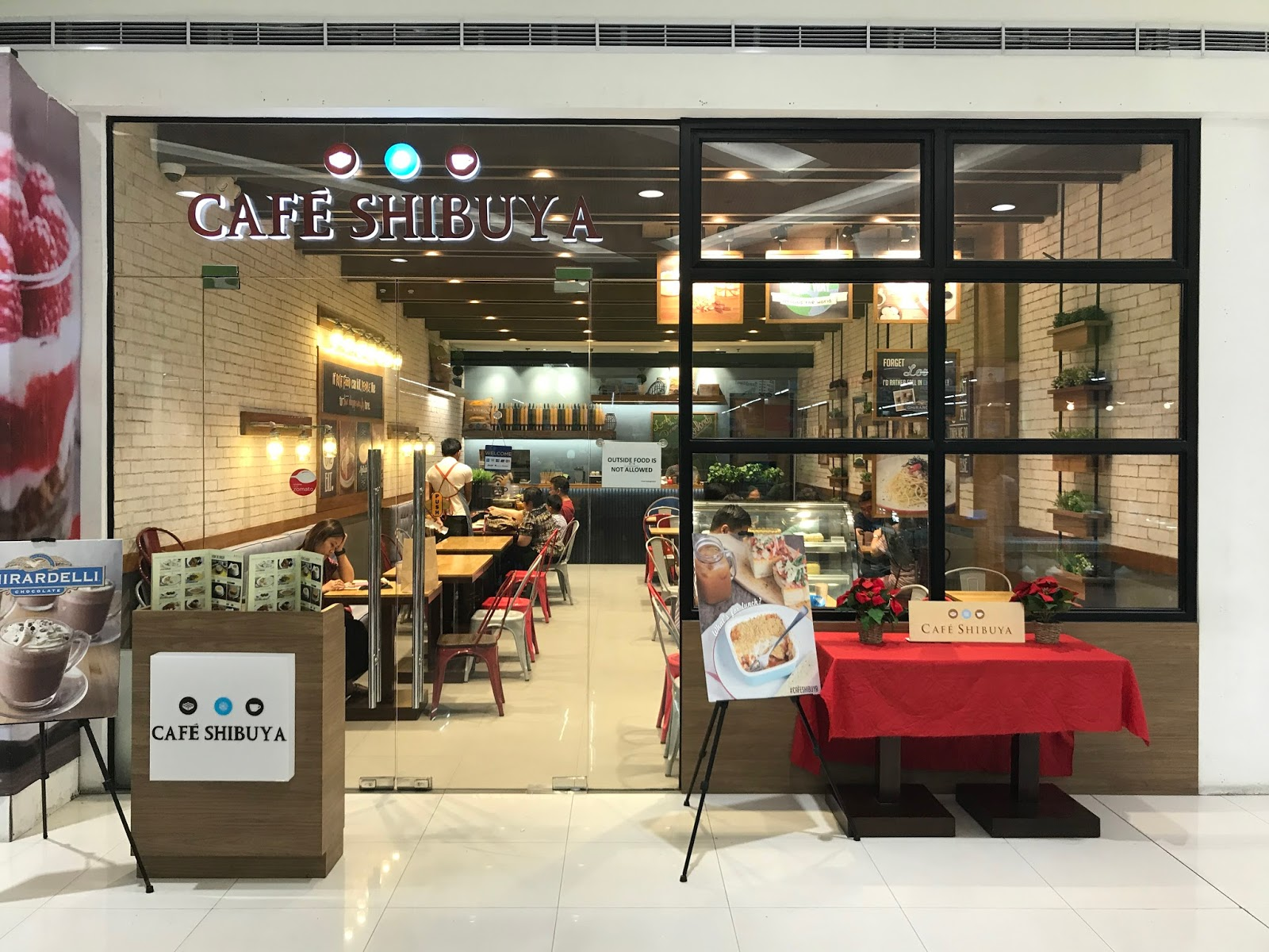 Lapu lapu city trip to alegre guitars factory glichs life cafe shibuya currently has four branches in metro manilatrinoma mall sm north edsa the block sm megamall and glorietta 2 its a great place to dine and stopboris Choice Image