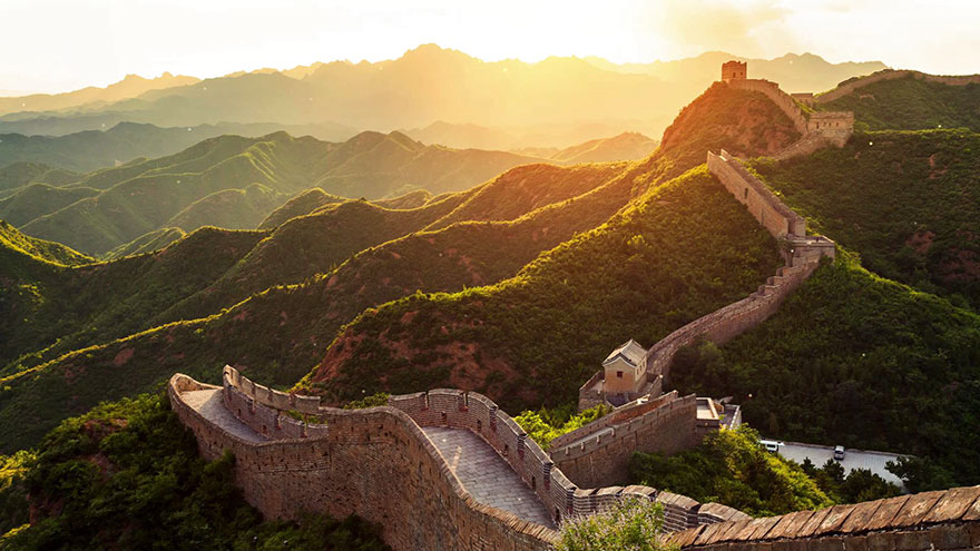 Travel Expectations Vs Reality (20+ Pics) - Visiting The Great Wall Of China