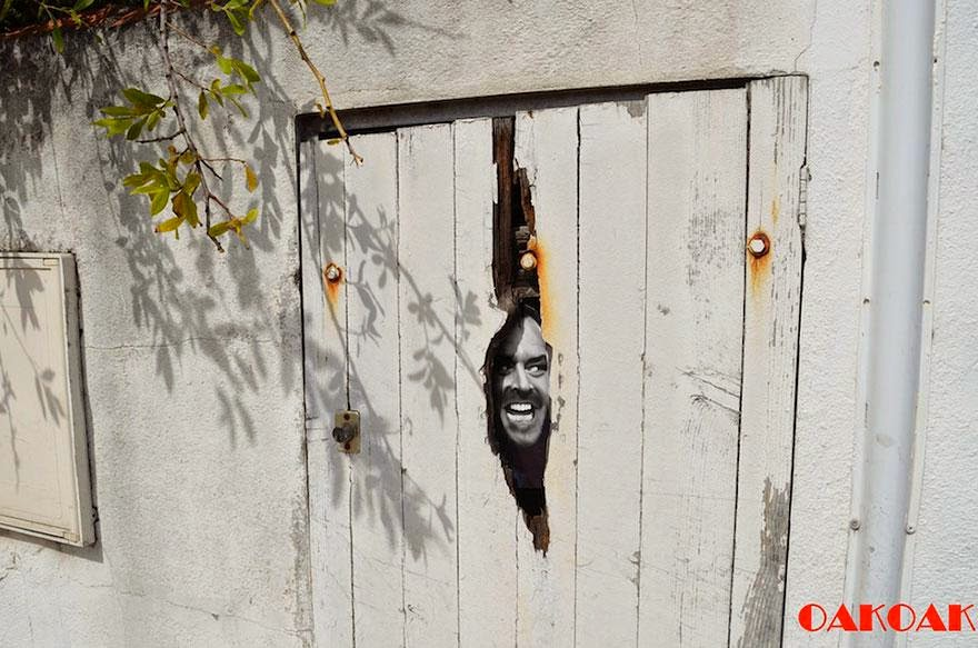 28 Pieces Of Street Art That Cleverly Interact With Their Surroundings - Shining, France