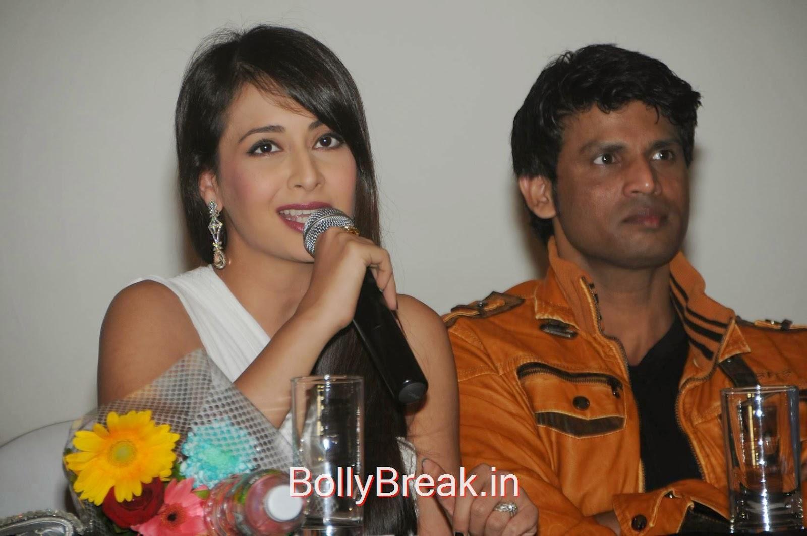 Preeti Jhangiani Photos, Preeti Jhangiani Hot Pics in white dress from Kaash Tum Hote Trailer Launch