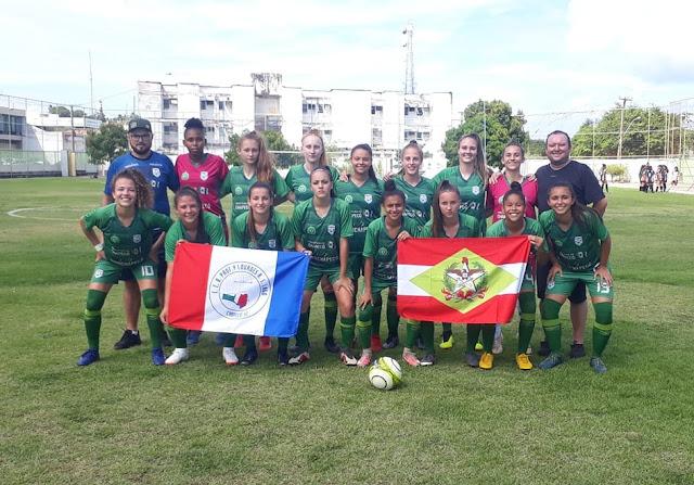 Adell/Lourdes Lago começa com vitória no Brasileiro Escolar de Futebol Feminino