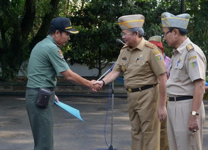 Kadishut Beri Penghargaan Tim  Pengamanan Hutan