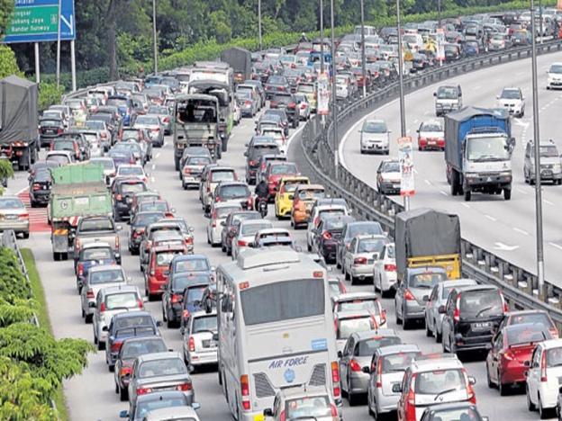 Kuala Lumpur Ke Seremban Mengambil Masa Lebih 2 Jam Akibat Kesesakan Lalu Lintas