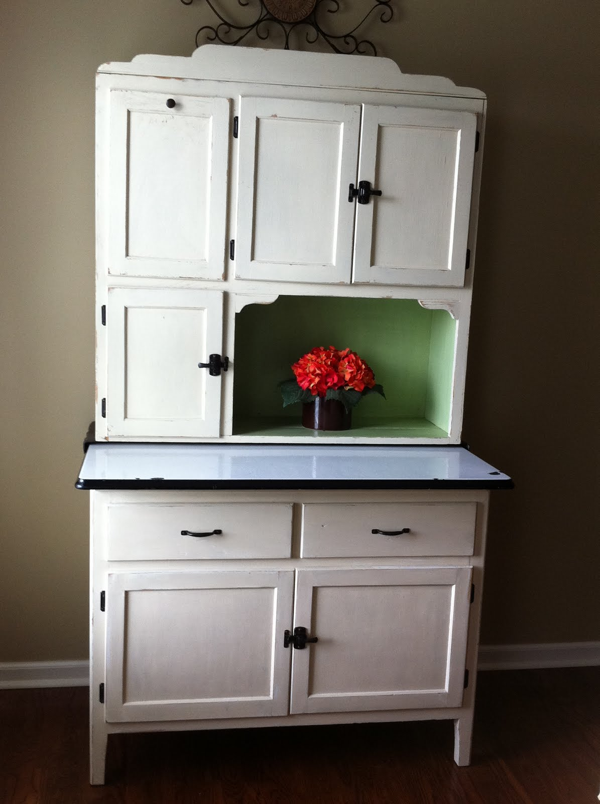 What Kind Of Paint To Use On Kitchen Cabinets Bug A Boo Corner Hoosier Redo
