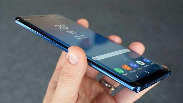 قد يحتوي Samsung Galaxy S10 على ذاكرة تخزين (RAM) أكبر من أي هاتف آخر