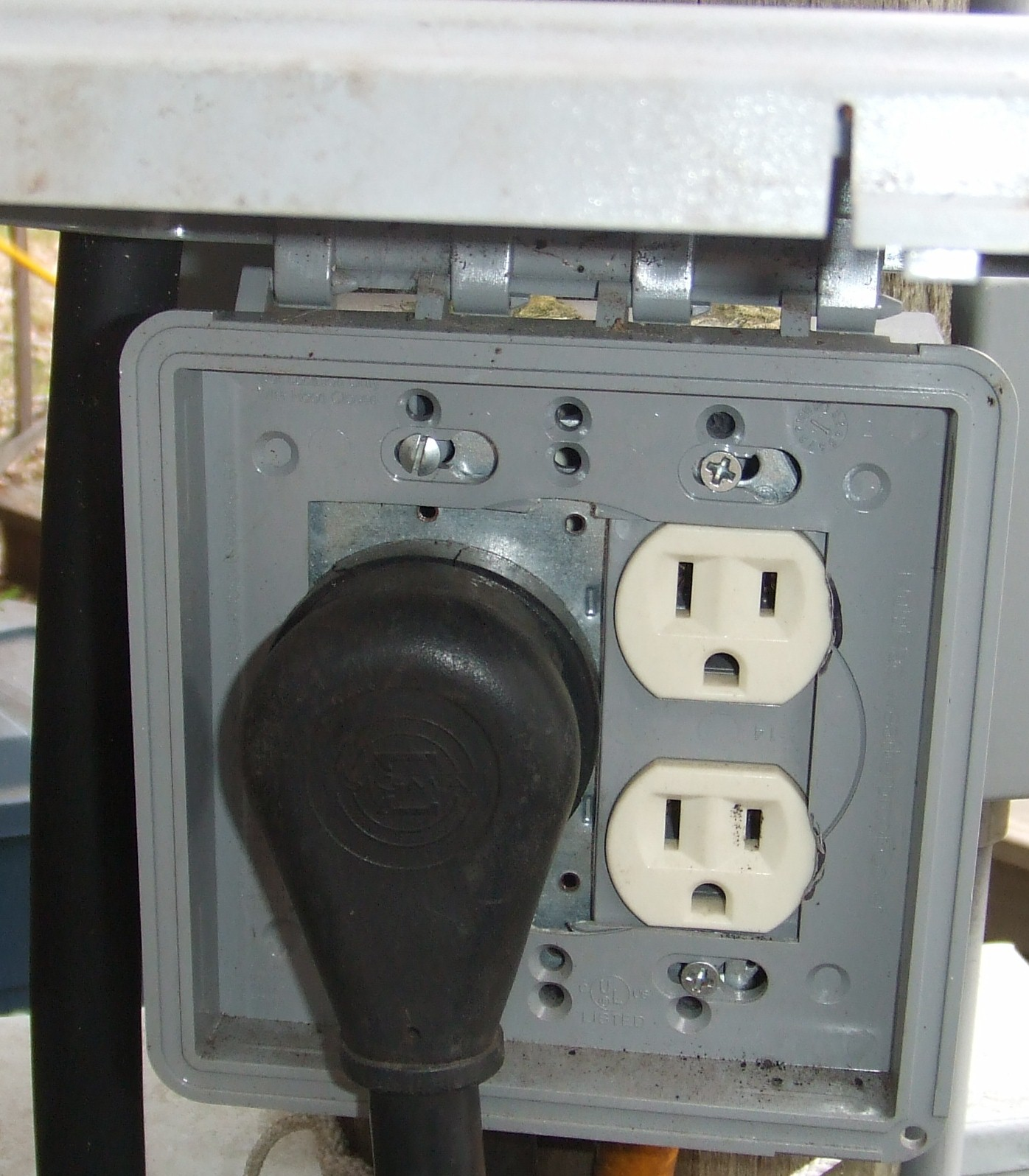 Rv Pedestal Wiring And Automotive Diagram Eaton 30 Amp Power Outlet Box Lights Pedestals With Water