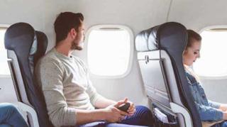 Τι λέει η επιστήμη για τους ταξιδιωτες που επιλέγουν να κάθονται στο παράθυρο