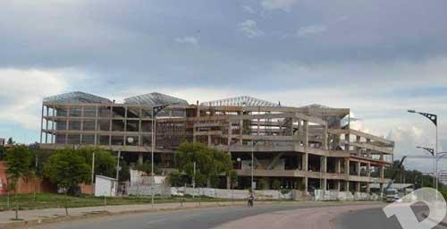 Por contrato la Alcaldía debe reclamar propiedad del Megacenter
