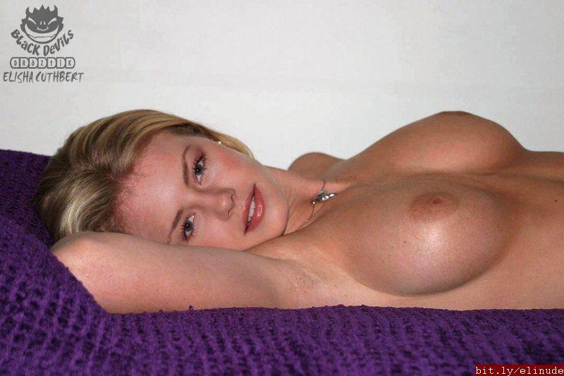Hot blonde girl sucking dick in shower