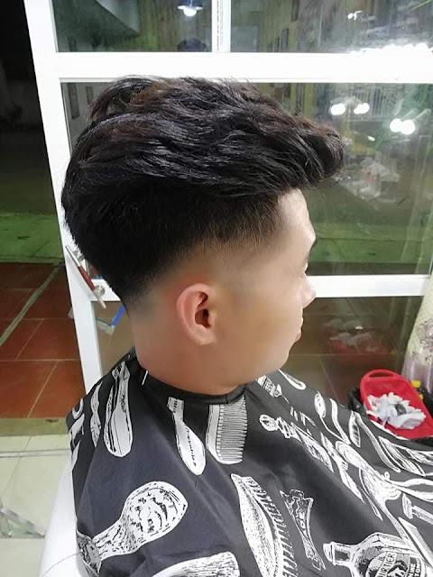 Huấn luyện động tác cắt giả lập Over Comb : lớp Barber căn bản