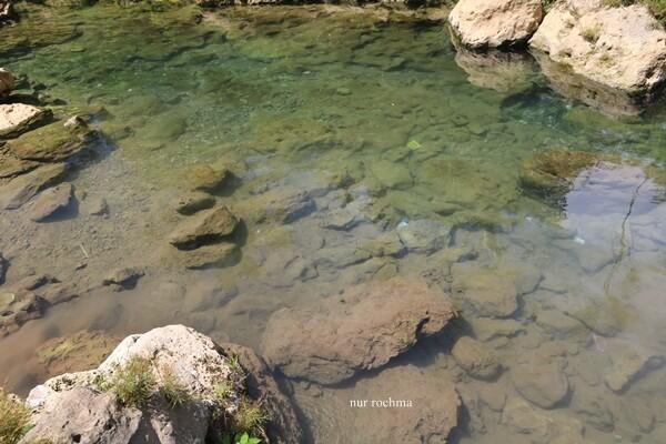 air sungai jernih