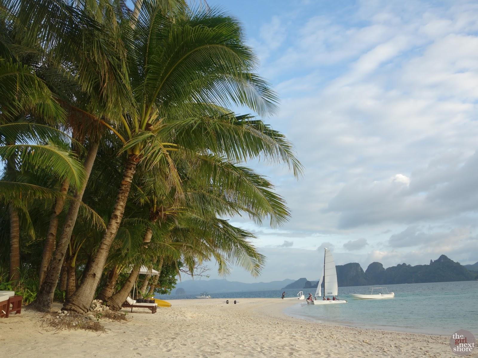 La-la-la-love… Pangulasian Island Resort Beach Villa