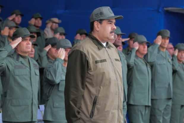 Ministerio de Comunicación negó acreditación a medios internacionales para cubrir investidura de Maduro