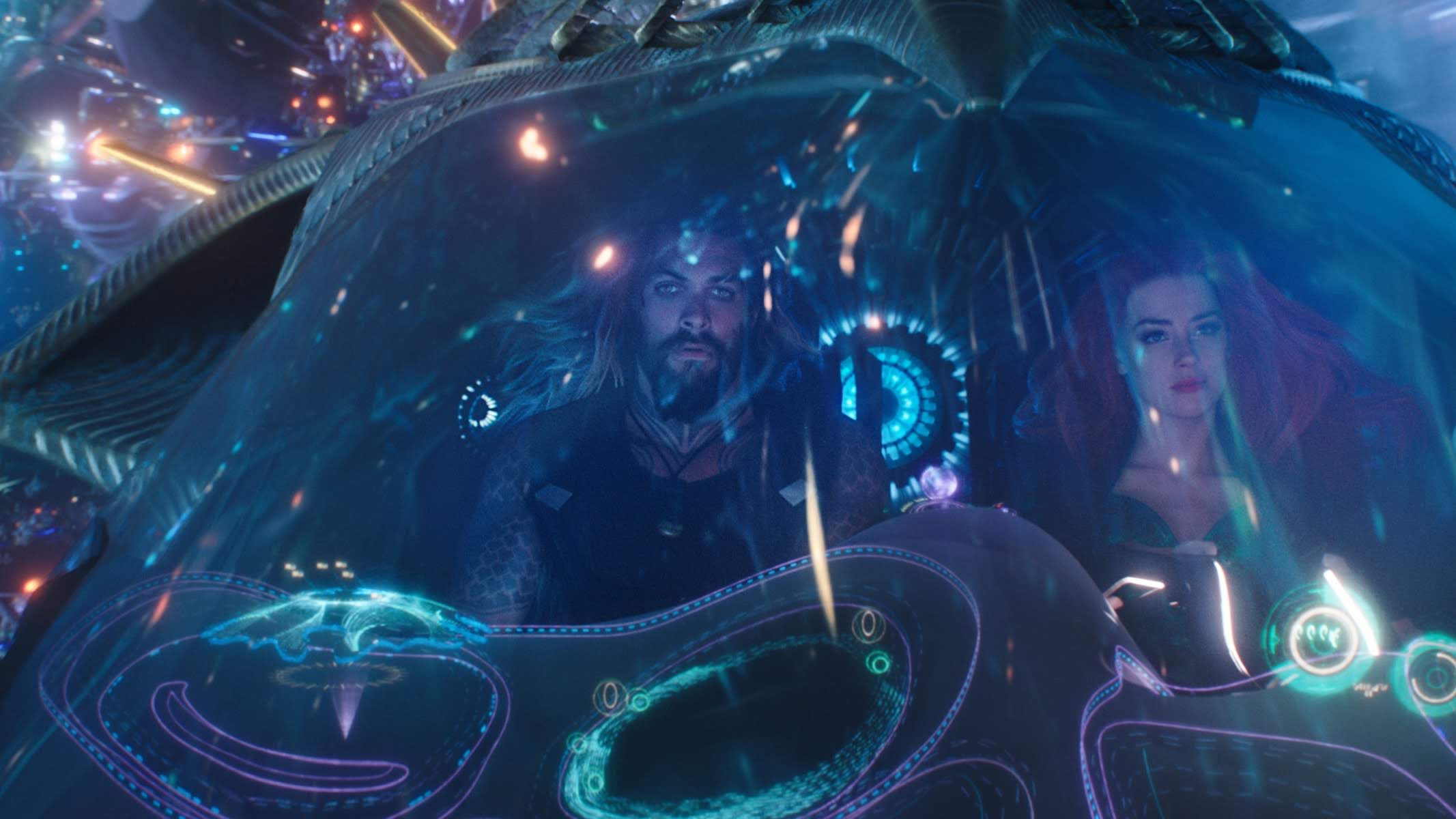 Aquaman : DCユニバース史上最大ヒットを記録した海の王者の「アクアマン」の VFX を紹介したビフォー・アフター・ビデオの2本立て ! !